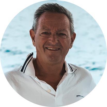 Roberto Bracco Captain, Shaula Luxury Charter in San Blas Islands